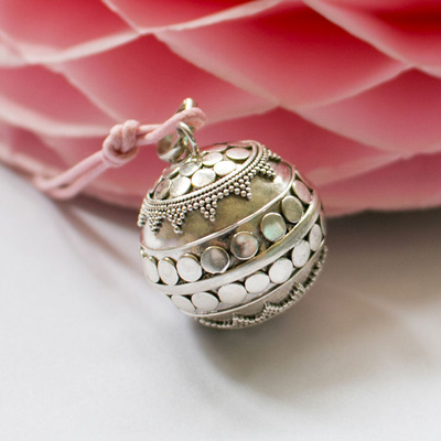 Pregnancy necklace harmony