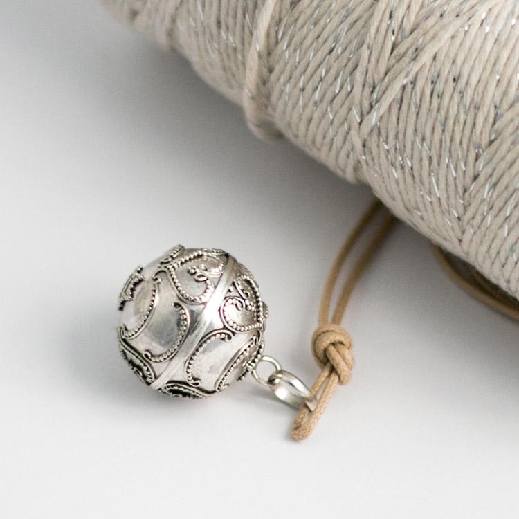 Harmony ball necklace Arabesque heart